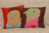 hand-made-felt-pillows